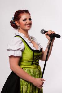 Sängerin für Partymusik